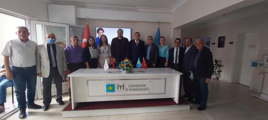 İYİ Parti Eskişehir il başkanı Sn.Eren Ekmen'e hayırlı olsun ziyareti gerçekleştirdik