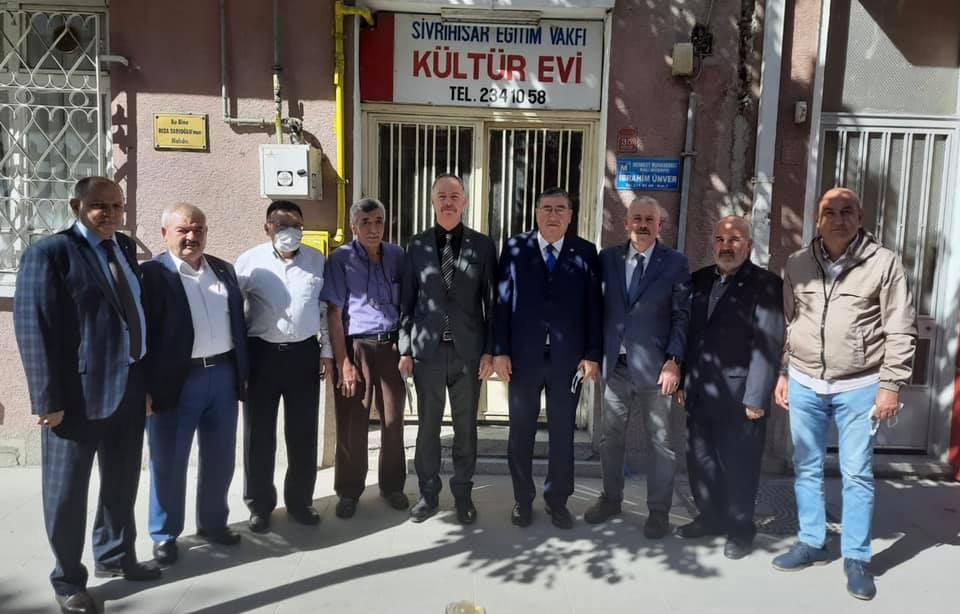 Sn.Salim Acabay ve yönetim kurulu üyeleri vakfımızı ziyaret ettiler.